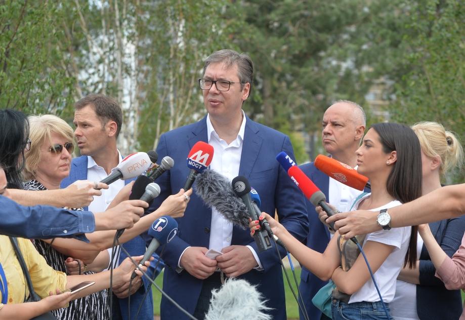 Vučić: Nismo odustali od kontramera, razgovaraćemo sa Srbima sa KiM