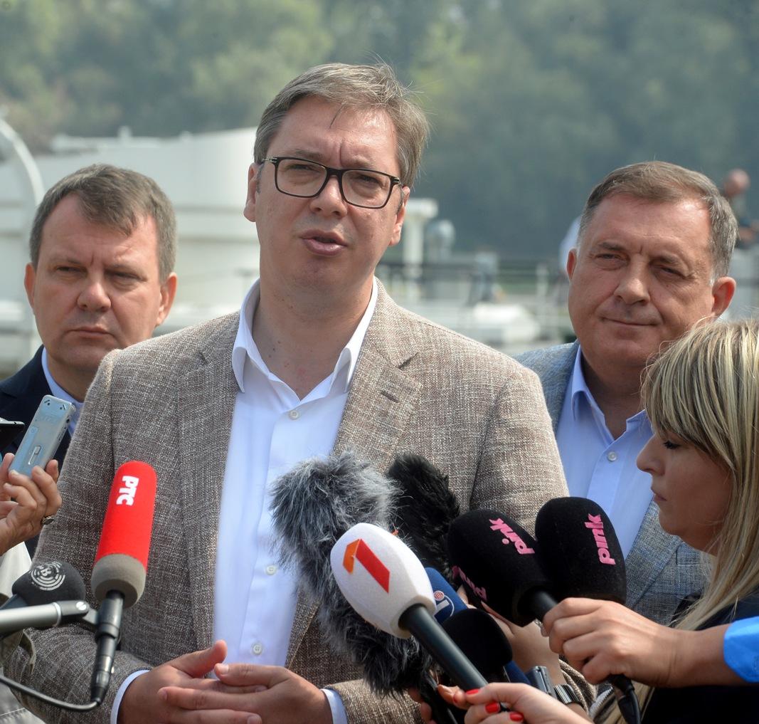 Vučić: Vojska Srbije će biti još jača