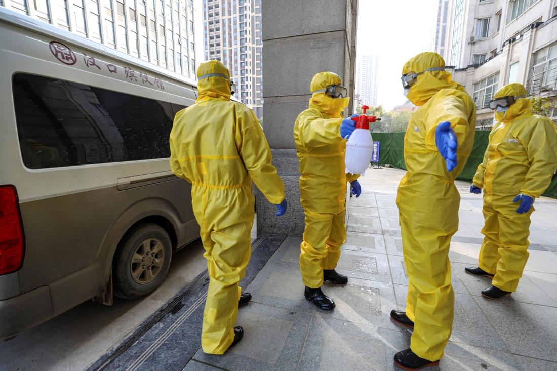 Kina: Novi bilans - 213 žrtava koronavirusa, 9.692 zaraženo