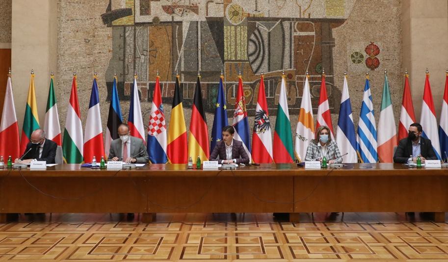 Brnabić sa ambasadorima EU: Srbija spremna da intenzivira reforme