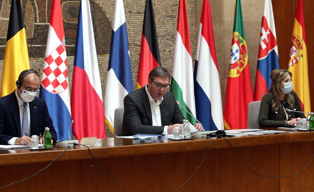 Vučić: Saradnja sa EU i punopravno članstvo jedan od prioriteta