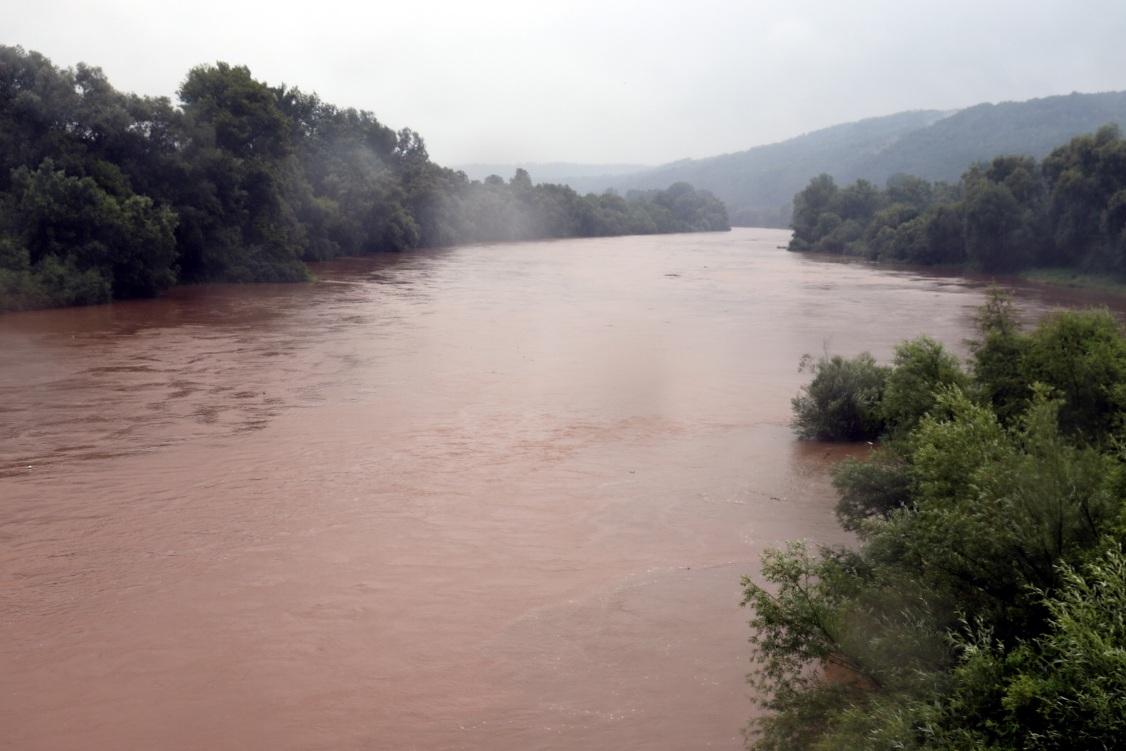 Sve više opština uvodi vanrednu situaciju zbog poplava