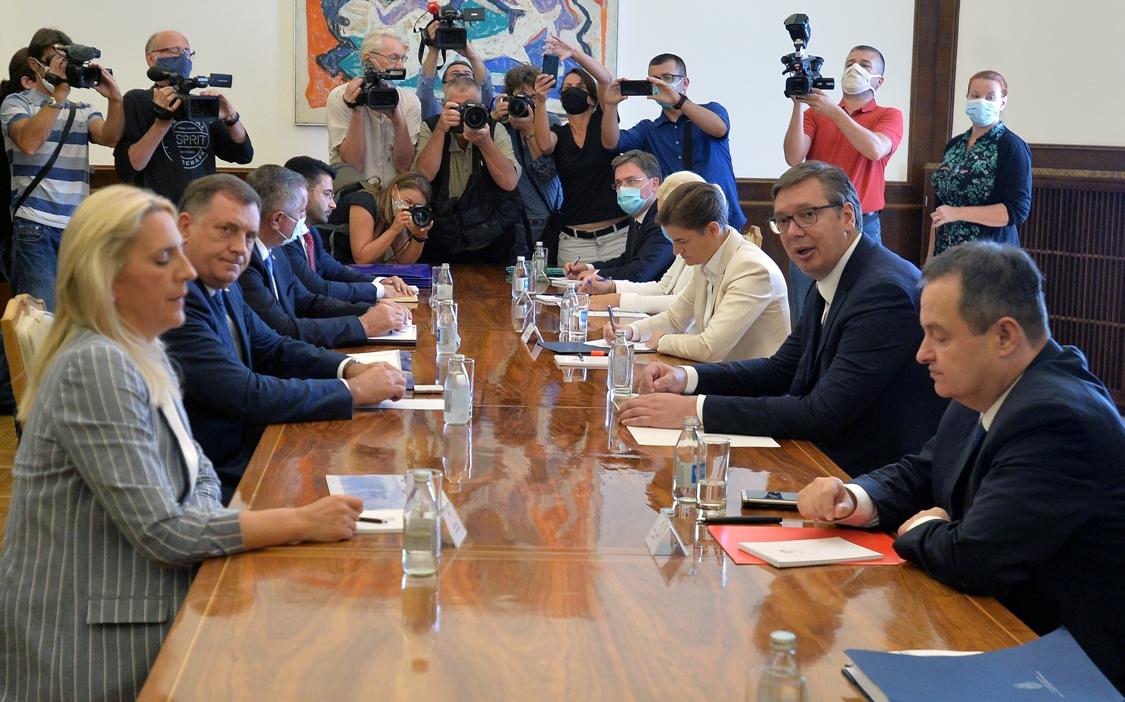 Vučić i Brnabić sa zvaničnicima Republike Srpske