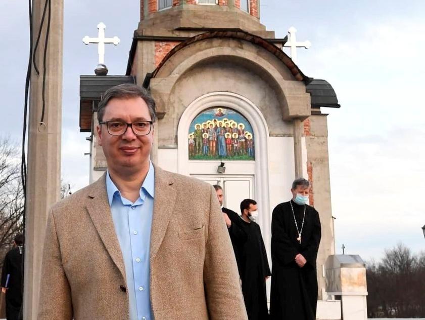 Predsednik Vučić u Kragujevcu sa vladikom Jovanom