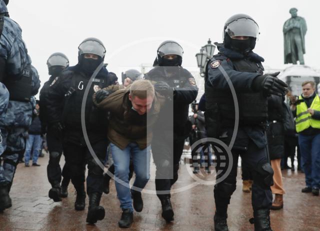 Širom Rusije protesti podrške Navaljnom, desetine uhapšenih