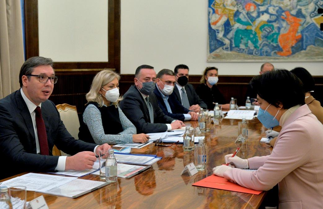 Vučić i Čen Bo o saradnji, infrastrukturnim projektima, vakcinama