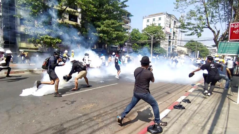 Ponovo neredi u Mjanmaru, ranjena četiri demonstranta