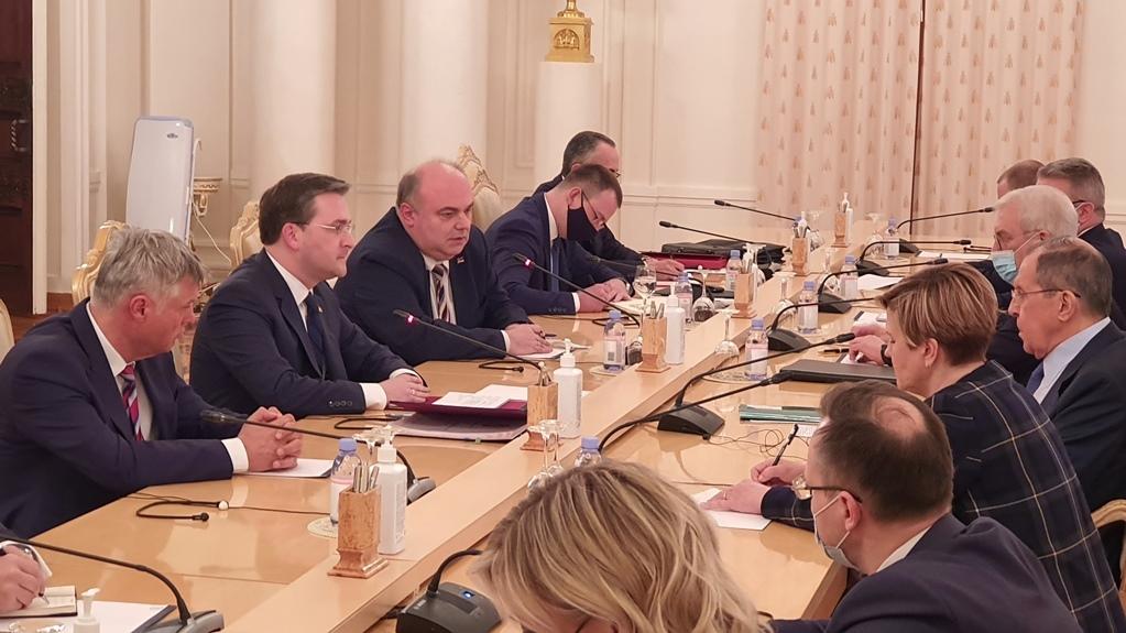 Selaković sa Lavrovim: Opasni pokušaji odustajanja od Rezolucije 1244