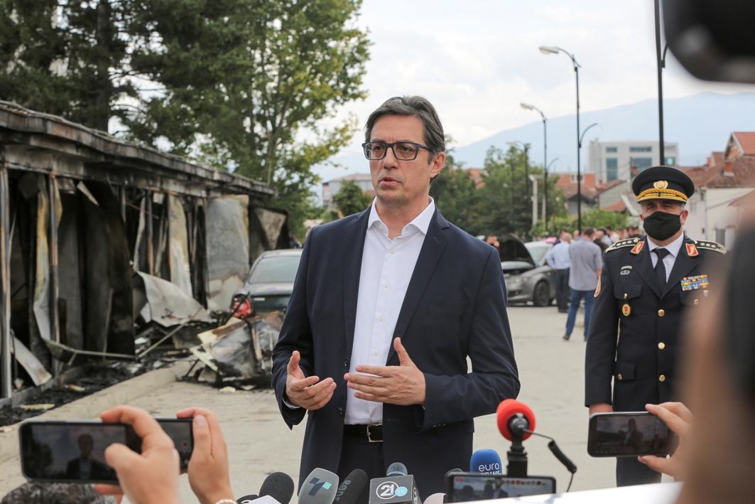 Pendarovski: Nema naznaka da je požar u kovid bolnici u Tetovu podmetnut