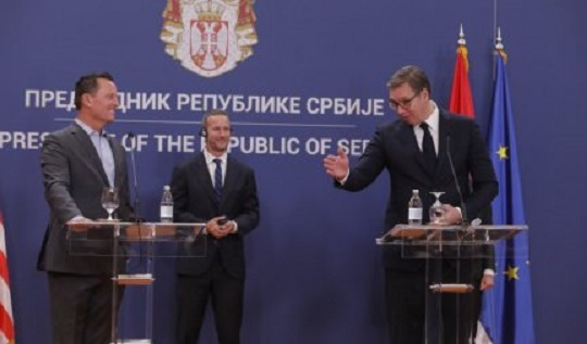 Vučić na večeri ugostio delegaciju SAD, razmenili poklone