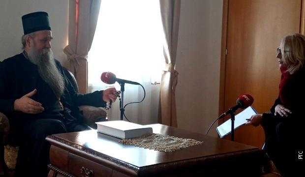Vladika Joanikije: Pobedićemo bez mača