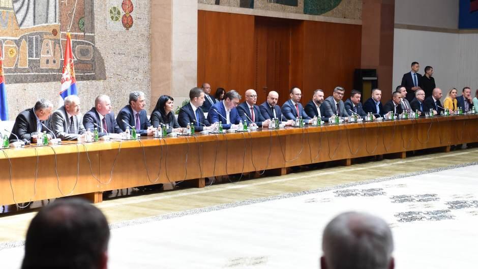 Zaključci sastanka Aleksandra Vučića sa političkim predstavnicima Srba sa KiM