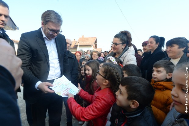 Vučić: Medveđa i Sijarinska Banja ostaju Srbija