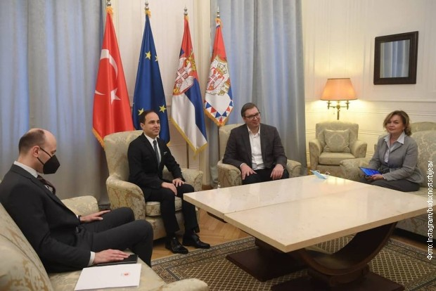 Vučić sa Bilgičem: Podrška stabilnosti celog regiona