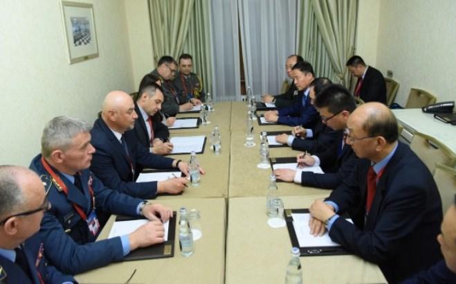 Kina spremna da unapredi vojnu saradnju sa Srbijom