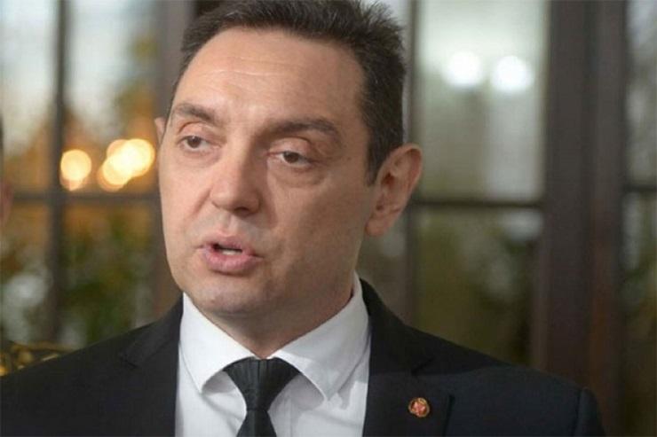 Vulin: Hrvatski mediji loše sakrivaju zavist zbog jačanja VS