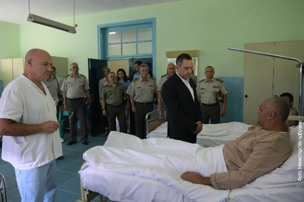 Povređeni pripadnici Kopnene vojske stabilno i dobro