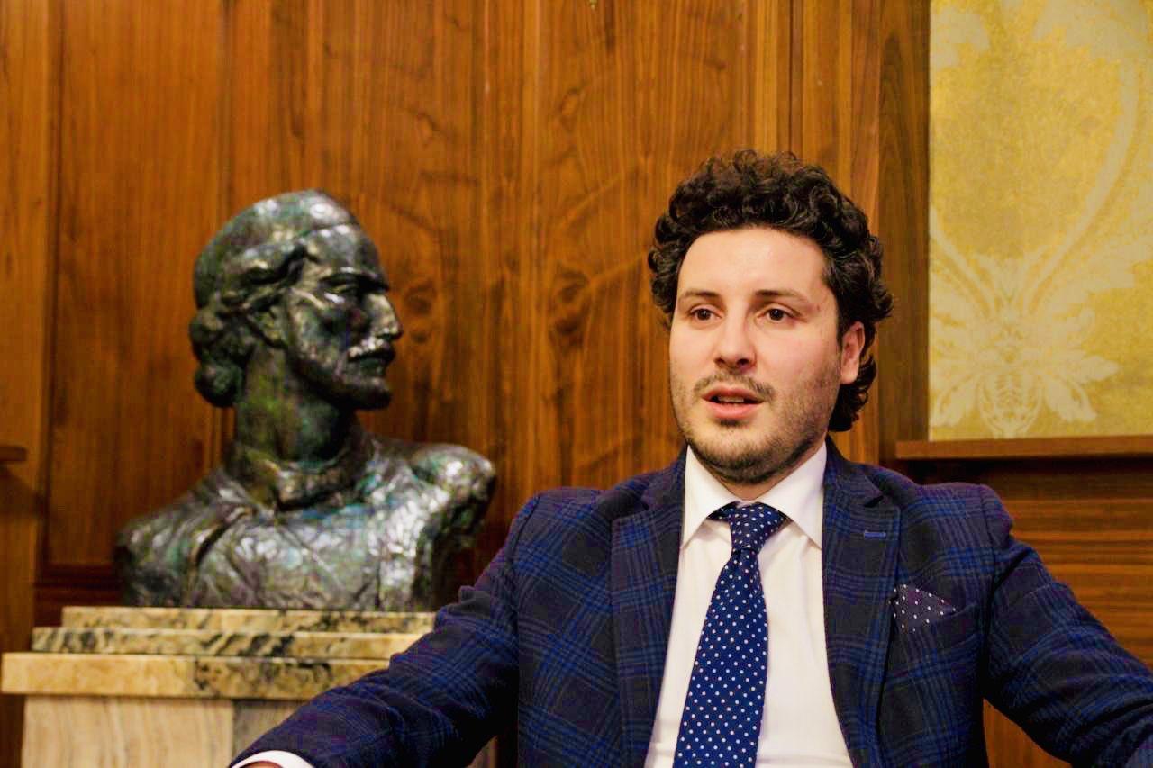 Abazović: Žao mi je što je Dara Radonjić privedena, zakon je jednak za sve