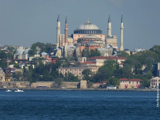 Ruska crkva žali zbog odluke turskog suda o Aja Sofiji