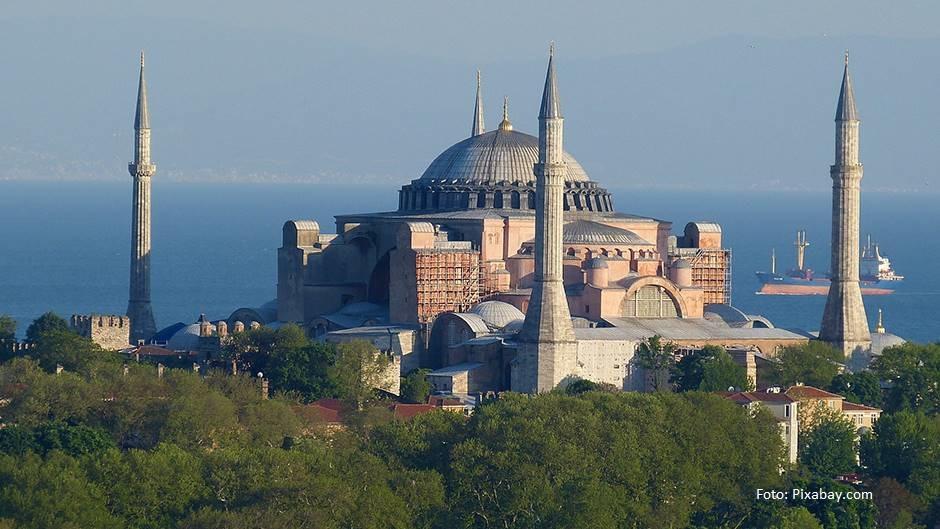 Grčka zapretila Turskoj sankcijama zbog Aja Sofije