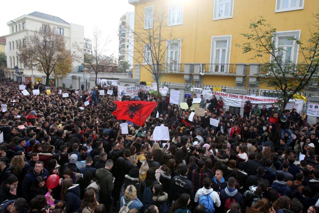 Baša: Albanski narod uzima sudbinu u svoje ruke