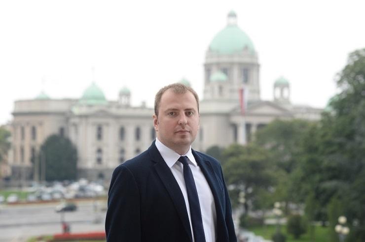 SNS: Beograd još sanira posledice nabavke podzemnih kontejnera