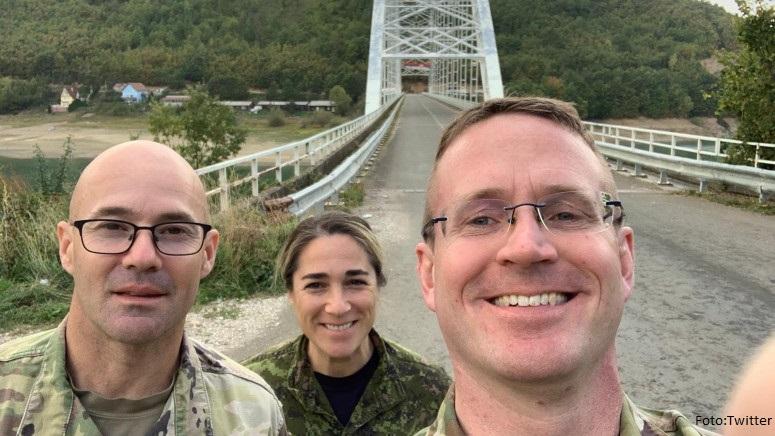 Američki i kanadski atešei za odbranu obišli Jarinje i Brnjak