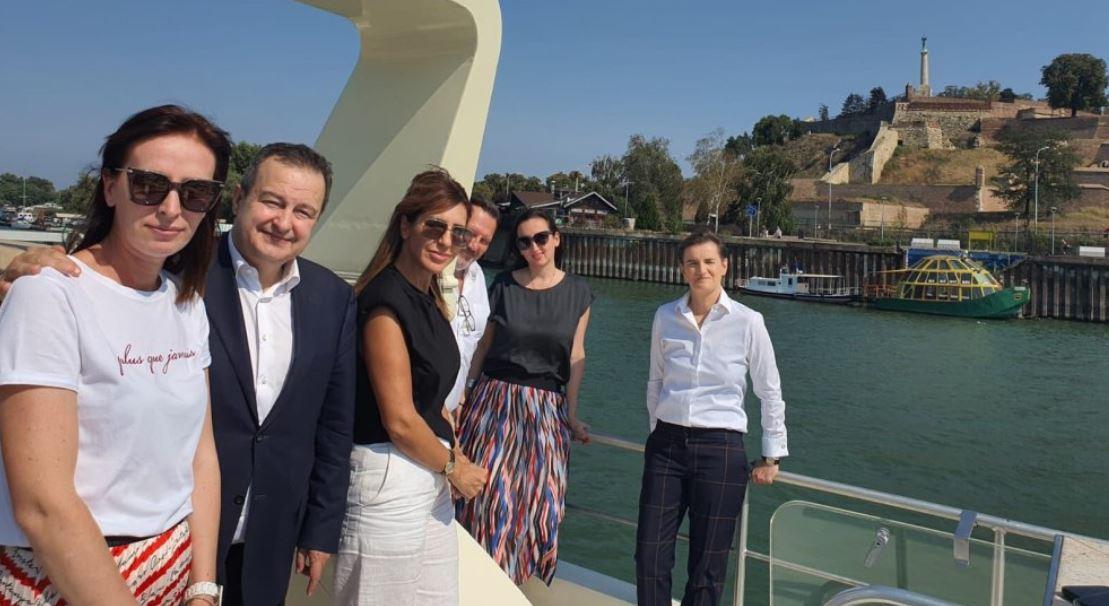 Brnabić: Vlada nastavlja saradnju sa RCC na povezivanju regiona