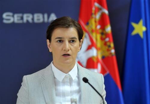 Brnabićeva osudila pokušaj upada u zgradu Predsedništva: Vandalski čin