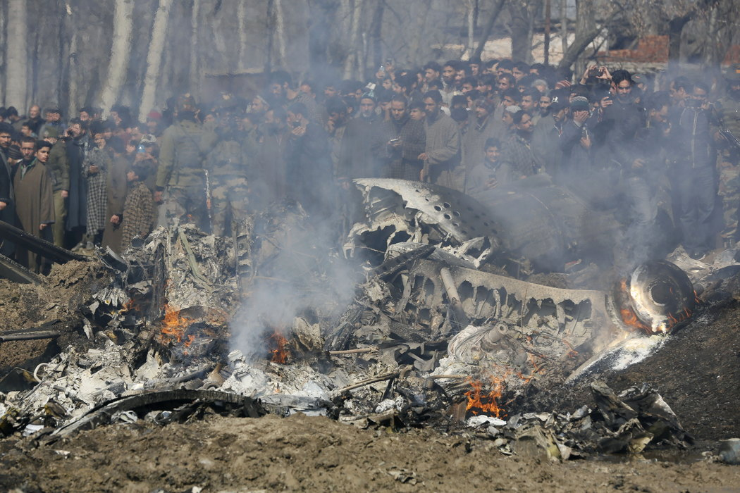Pakistan oborio dva indijska aviona, zarobljena dva pilota
