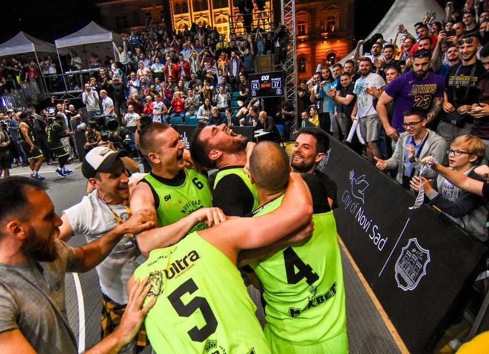 Četiri srpska tima u četvrtfinalu FIBA basket turnira