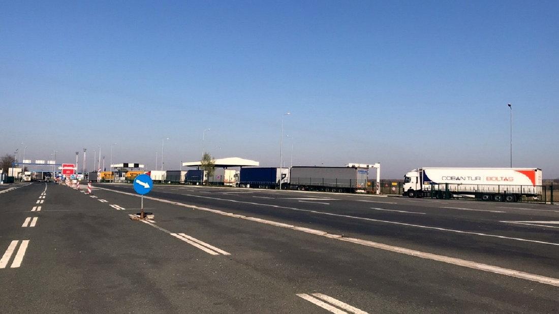 Teretna vozila čekaju na granicama od 90 do 180 minuta