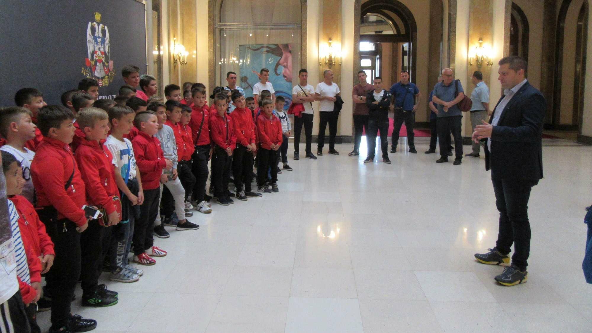 Deca sa Kosova i Metohije u Starom dvoru