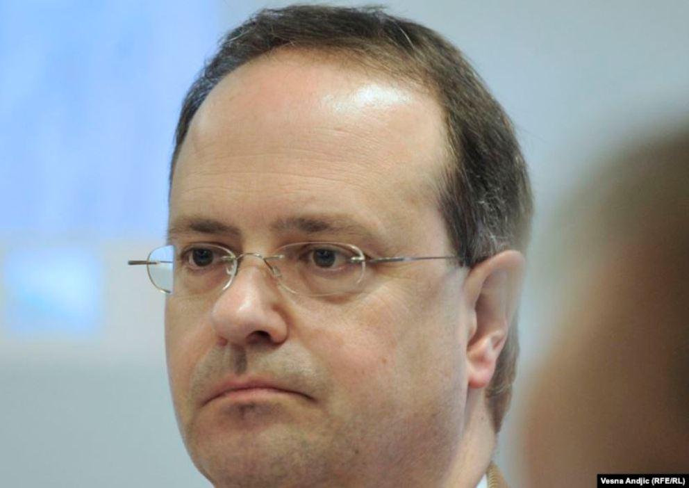 Veber: Nova vlast Crne Gore će brzo povući odluku o ambasadoru Srbije