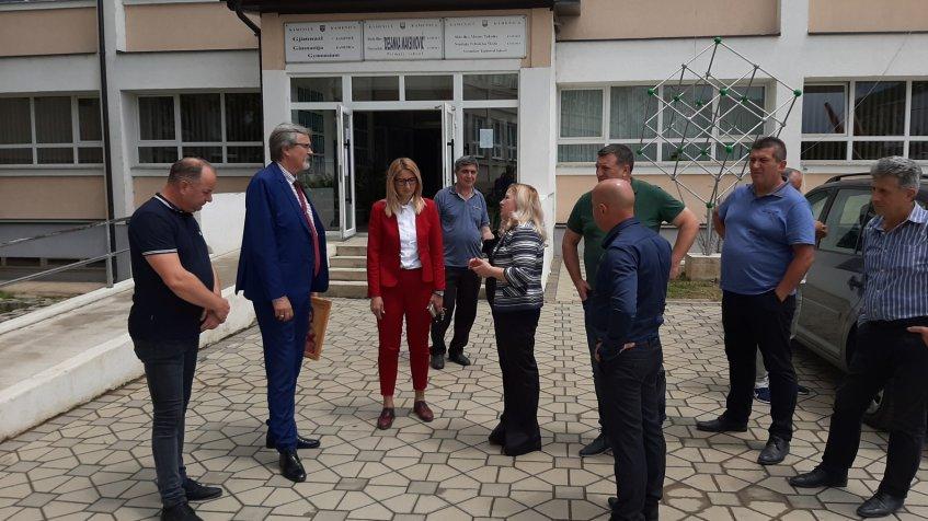 Bojović: Srbija će nastaviti da snažno investira u sve sredine na Kosovu i Metohiji