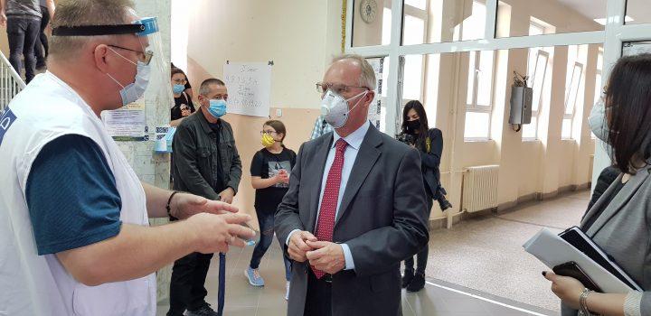 Jan Bratu u K.Mitrovici: Veliki odziv birača, preko 40% u KM; U Leposaviću 55 %