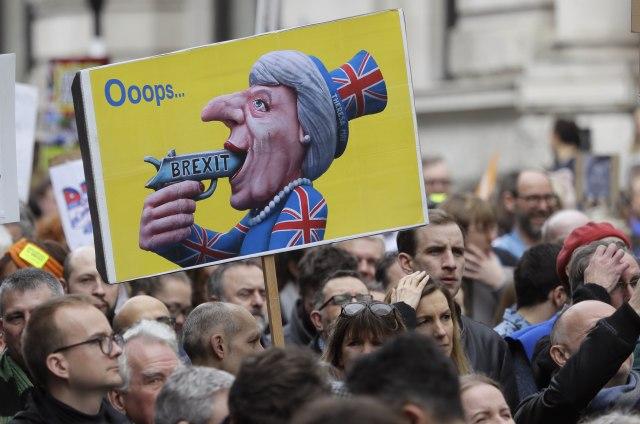 London: Stotine hiljada u šetnji protiv Bregzita