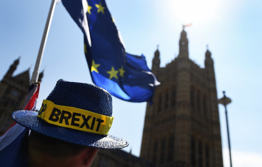 Tusk: EU i zvanično odobrila odlaganje Bregzita