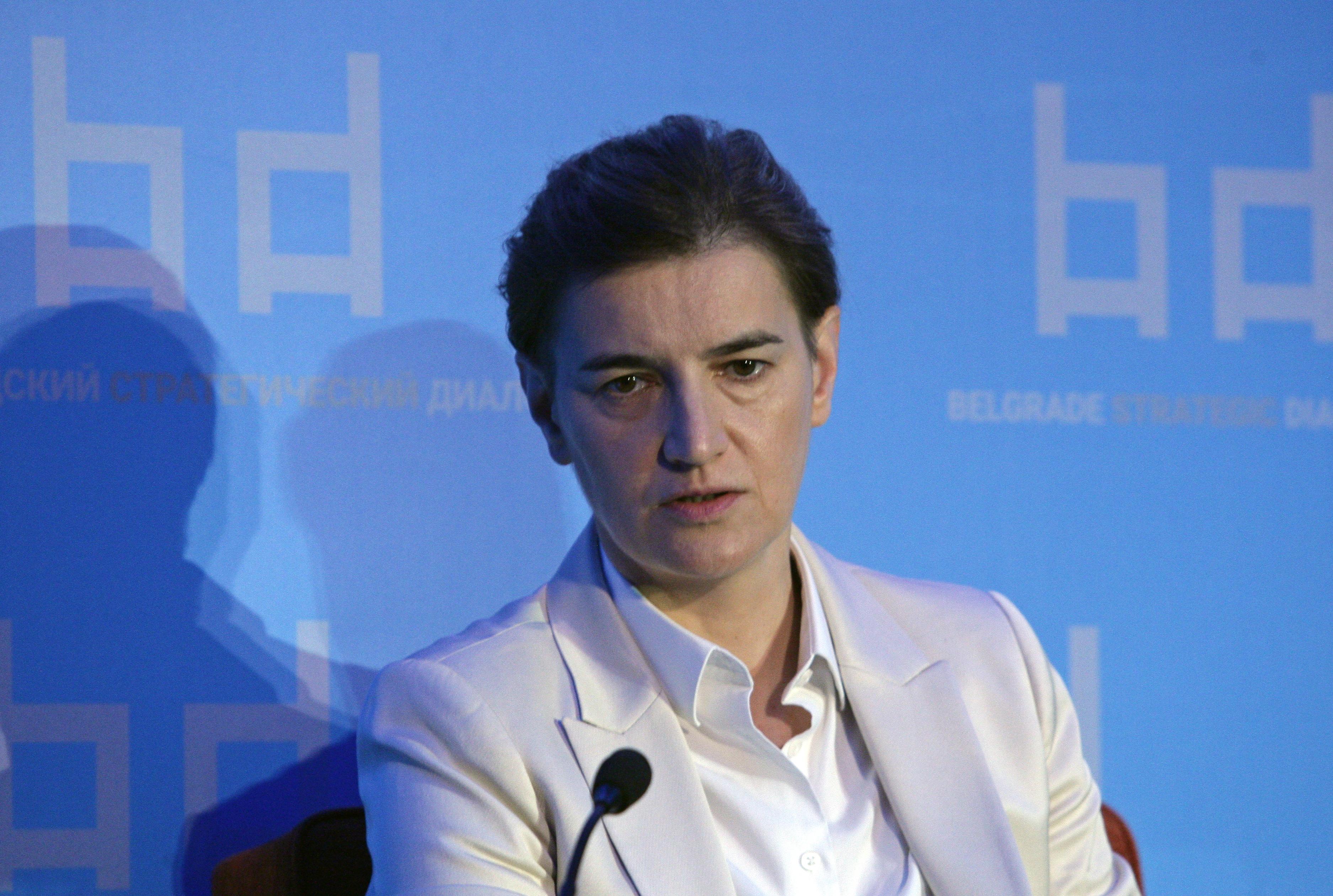 Brnabić: Građani nemaju razlog za brigu, Srbija ide napred