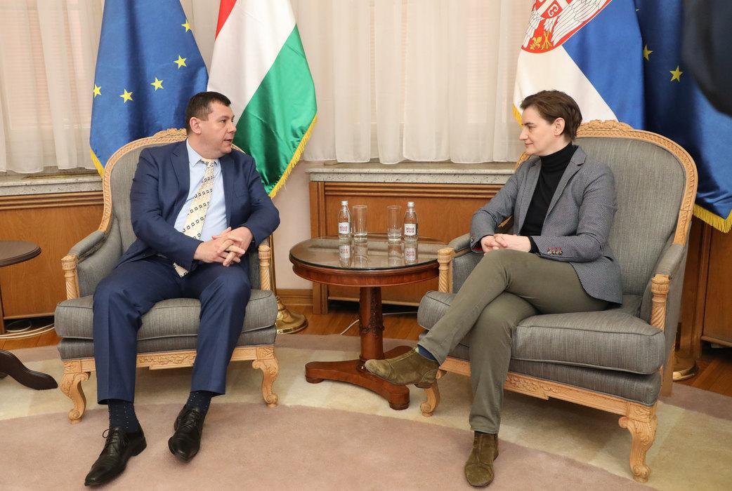 Priprema se zajednička sednica vlada Srbije i Mađarske, biće potpisano devet sporazuma