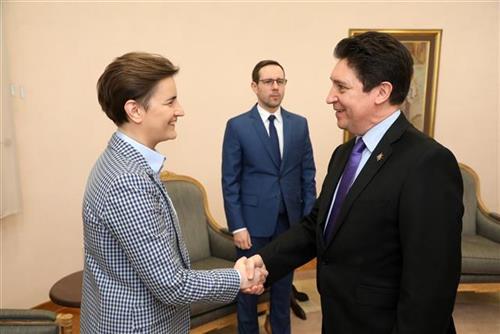 Brnabić se sastala sa senatorom Francuske