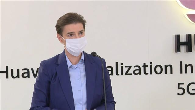Brnabić: Čeka se odobrenje Fajzera i vakcine kreću za Severnu Makedoniju