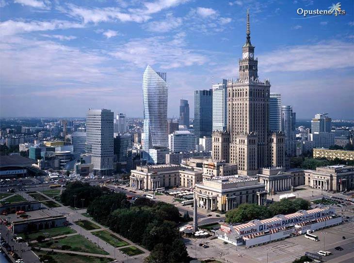 Pompeo u Budimpešti: SAD neće dozvoliti da Putin napravi razdor u NATO