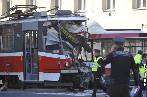 Češka: U sudaru trolejbusa i tramvaja povređeno 40 osoba
