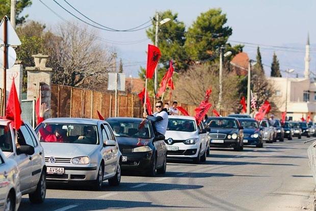 Albanci posle pobede u Tuzima skandirali