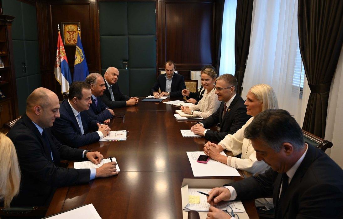 Dačić i Stefanović o aktivnostima na sprečavanju prijema tzv. Kosova u Interpol