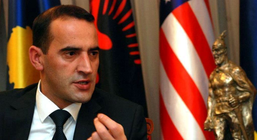 Daut Haradinaj: Odlikovati policajce koji su hapsili Đurića