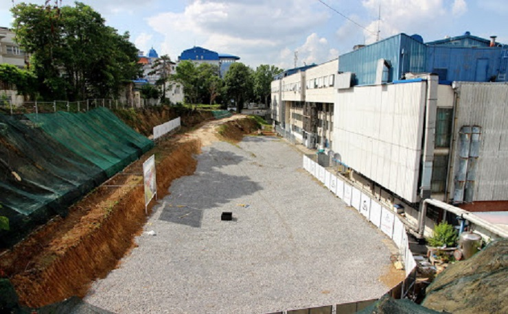 Vučić danas obilazi radove na izgradnji Instituta Dedinje 2