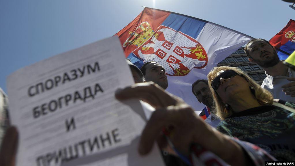 Server i Veber očekuju da će EU i SAD pomiriti Beograd i Prištinu