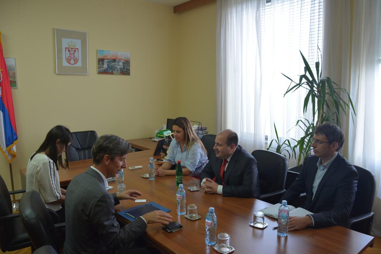 Kozarev  se sastao sa američkim i evropskim koordinatorima za izbeglice